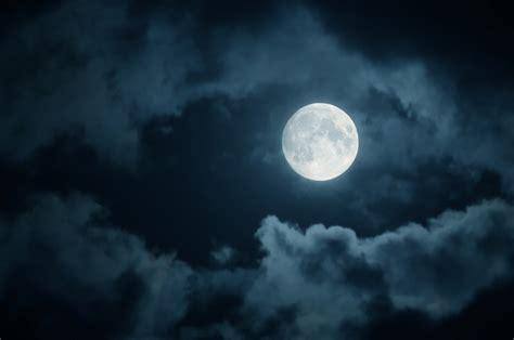 gemini  moon  working  magic tonight heres