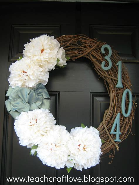 diy wreath teach craft front door wreaths