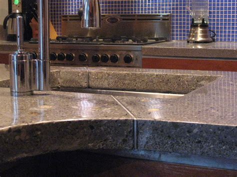 How To Do Cement Countertops by Fai Da Te Il Piano Cucina In Cemento