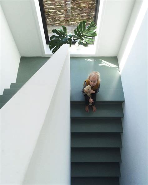 Floating Concrete Stairs And Landing 17 best images about stairs to the moon on staircase design stairs and floating stairs