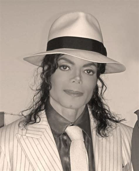 I Need Help Finding A With A Criminal Record Need Help In Finding 2 Pics Michael Jackson Hoax