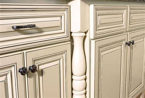 off white kitchen cabinets with glaze best 25 off white kitchens ideas on pinterest off white