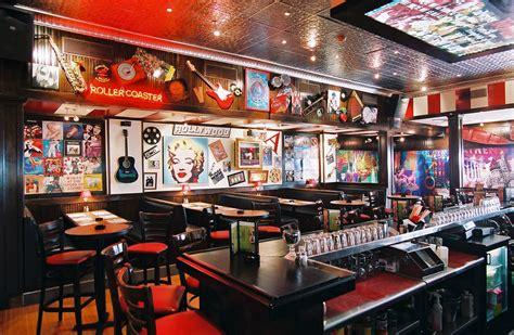 Tgi Fridays Tgi Fridays Bar Grill Broadway Interior