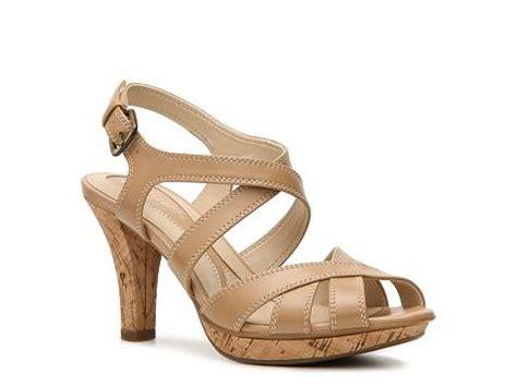 naturalizer sandals discontinued naturalizer dhani sandal dsw