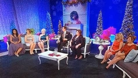 abby lee gives christmas gifts dance moms recap for december 10th 2013 twas the fight