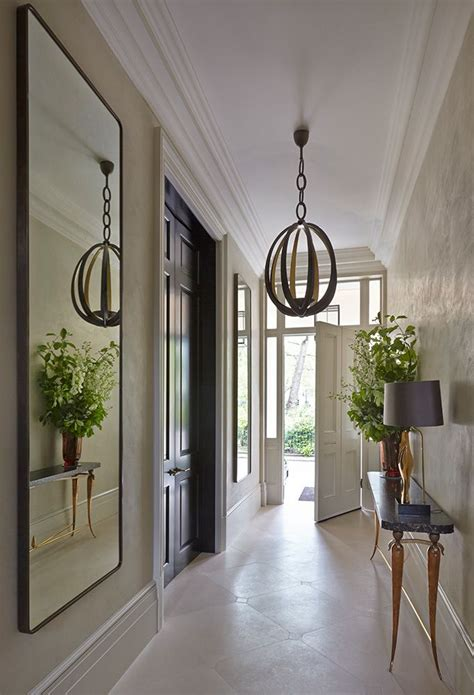 Decorating A Hallway Entrance by Best 25 Narrow Entryway Ideas On Narrow