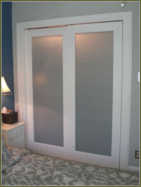 Sliding Closet Doors Frosted Glass 25 Best Ideas About Sliding Closet Doors On Diy Sliding Door Interior Barn Doors