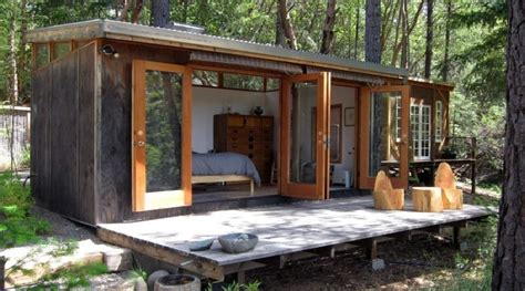 diy house look how comfortable this diy tiny house is