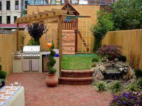 Small Backyard Design Ideas Pictures Mind Blowing And Comfortable Design Ideas For Small City Backyards Themescompany