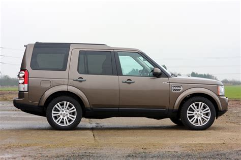 land rover discovery 3 review land rover discovery review parkers