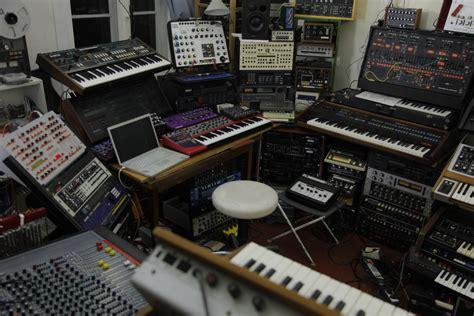 the amazing studio gearspotting daniel miller c kleine of ableton and nin