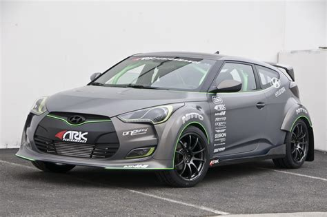 hyundai sema hyundai storms the sema show with six veloster project