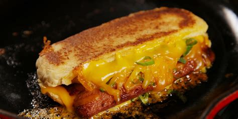 grilled dogs best grilled cheese dogs recipe how to make grilled cheese dogs