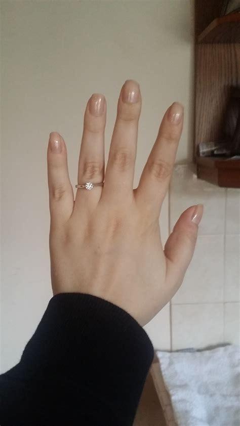 big engagement rings on diamondstud