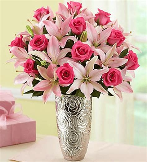 mother s day flower arrangements mother s day it s a mom thing pinterest flowers
