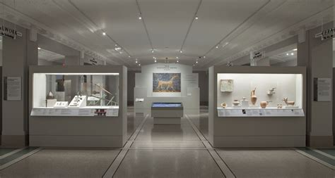 gallery track lighting galleries museums led lighting fixtures systems page
