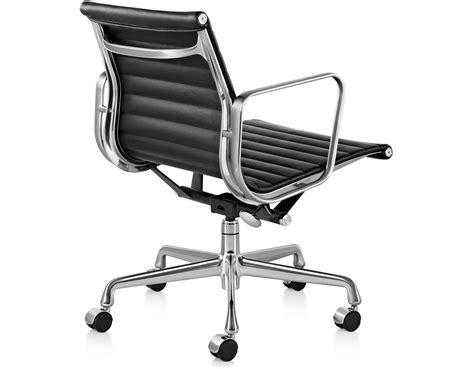 Eames Aluminum Management Chair by Eames 174 Aluminum Management Chair Hivemodern