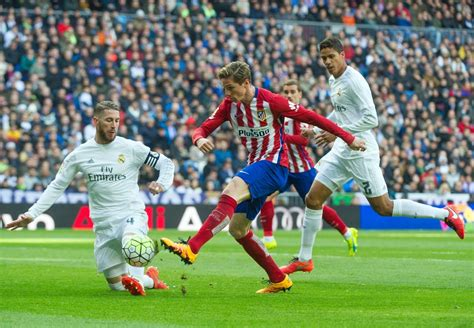 real madrid real madrid cf v club atletico de madrid la liga zimbio