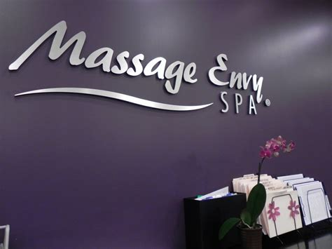 massage envy front desk salary massage envy clarksville 17 reviews massage 6030