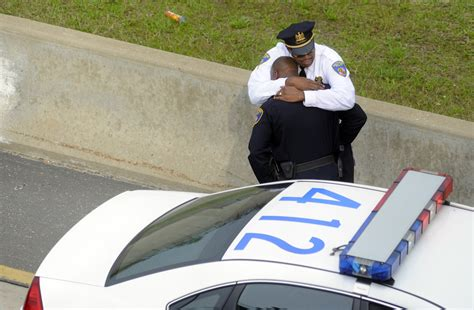 comfort officer sm cops hug p