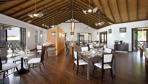 Restaurant Dining Room Design With Tropical Open Floor Restaurant Dining Room Design