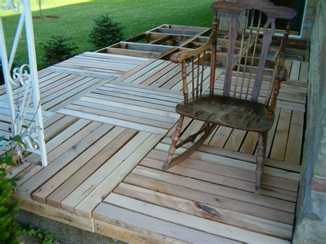 lloyd s porch made from pallet wood