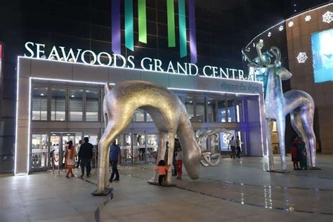 join seawoods grand central mall to celebrate christmas extravaganza events in mumbai
