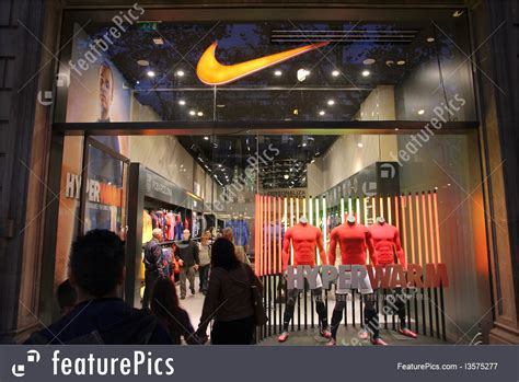 Nike Store Pictures