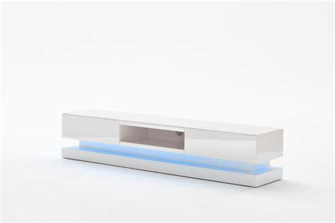 mit led lowboard spot mit blauen led licht an einrichten