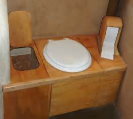 Diy Composting Toilet D Shaped Toilet Seat Wood