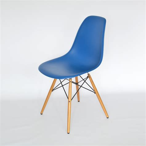 stuhl eames eames plastic side chair dsw stuhl eames plastic chair