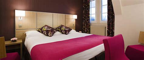 chambre b饕 chambre standard au ch 226 teau h 244 tel de luxe 224 chantilly