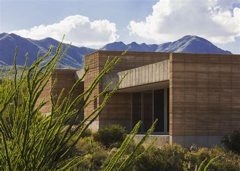 rammed earth house the tucson mountain retreat la76