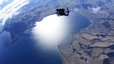 best place to skydive 5 great skydiving spots where to skydive adventure