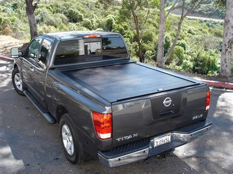 dodge dakota bed cover truck covers usa tonneau cover cr341 truck covers usa retractable tonneau cover