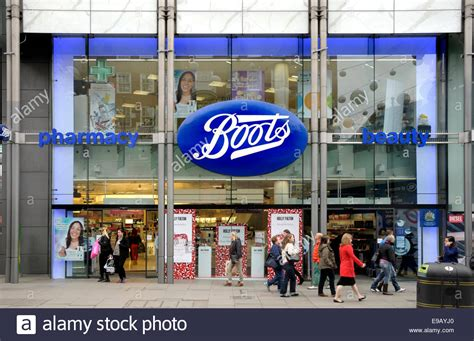 uk boots chemist shop in oxford