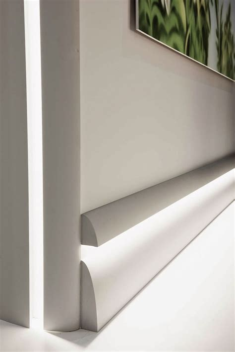 Modern Baseboard Molding Ideas by Best 20 Baseboard Molding Ideas On Pinterest Baseboard