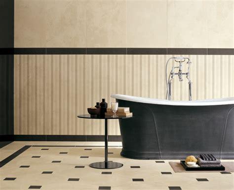 piastrelle bagno eleganti rivestimenti eleganti e raffinati per il bagno di casa
