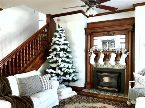 1915 Home Decor | neutral and white christmas home tour 1915 house