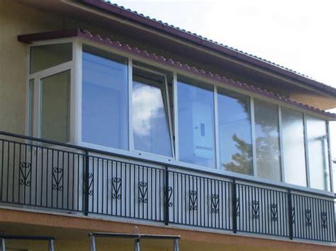 balcone chiuso a veranda trasformare un balcone in veranda vuol dire andare
