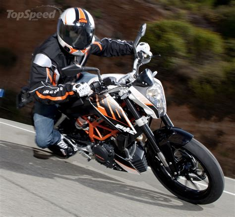 Ktm 390 Duke Top Speed 2013 Ktm 390 Duke Picture 493773 Motorcycle Review