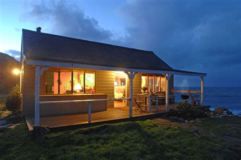 Waterside Cottages Cornwall by West Egg Getaway The Hut