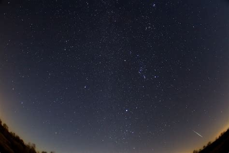 What Time Does The Meteor Shower Start Tonight by Look To The Skies Geminid Meteor Shower Peaks Tonight Wired