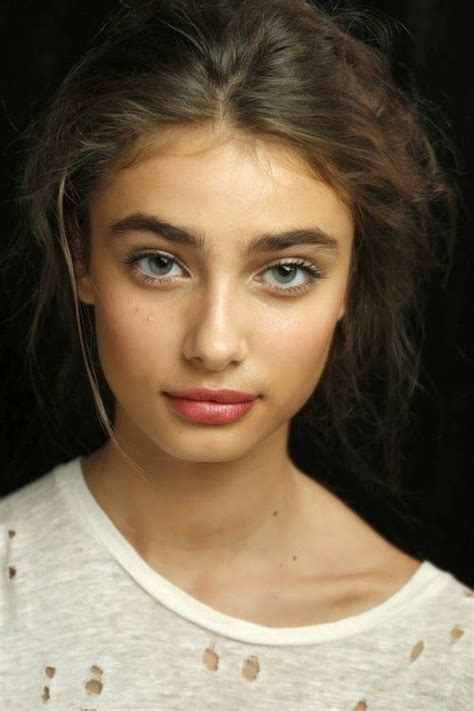 thick wiry eyebrow hair 157 best images about chic on pinterest parisian chic