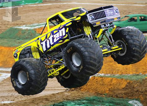 monster truck jam 2015 all new pei chassis debut razin kane jester and titan