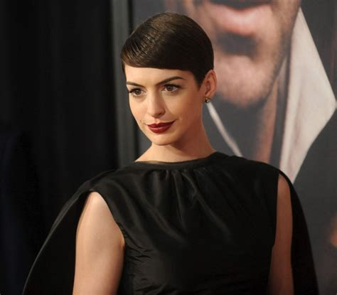 Hathaway Wardrobe Pics by Ubuntu Theme Icons And Stuff
