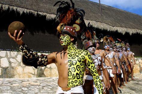imagenes de los mayas jugando pelota battle for the world maya ballgame chionship mexico