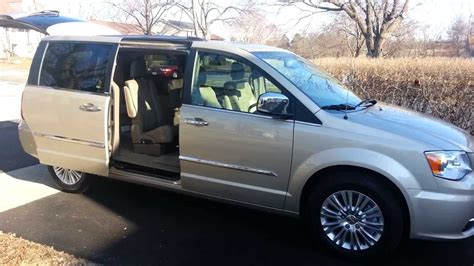 Chrysler Town And Country Stow And Go Seats by Chrysler Town Country Automatic Stow And Go Seats