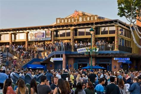 latest local house music house of blues says goodbye to downtown disney and hello to the anaheim gardenwalk