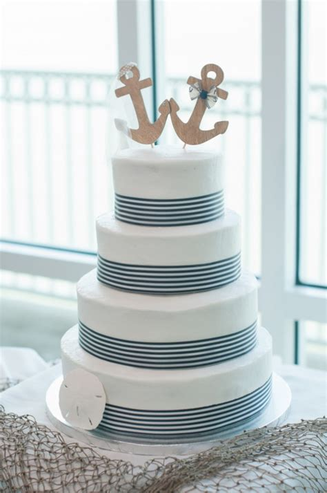 diy weddings on a small budget – Affordable Wedding Centerpieces That Still Look Elevated   Martha Stewart Weddings